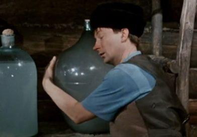 У жителя Малориты забрали десятки литров спирта