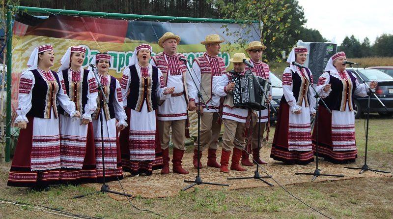В Мельниках отметили день деревни (Малоритский район)