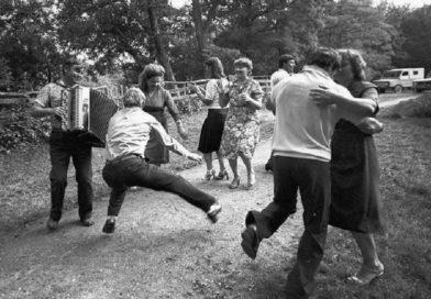 «Тырла»: танцы, гутаркі і разборкі….» Як адпачывала моладзь у 60-70 гадах мінулага стагоддзя (Маларыцкі раён)