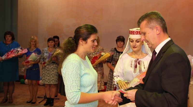 Торжественное мероприятие, посвящённое Дню Матери (Малоритский район)
