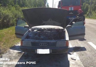 Недалеко от Ужово загорелся автомобиль (Малоритский район)