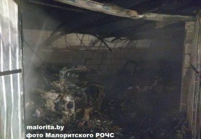 «Сила огня» На пожаре в Луково от машин остался только оплавленный металл (фото, Малоритский район)