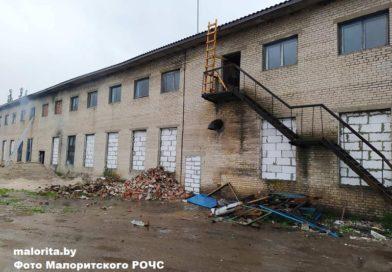 В деревне Ланская произошёл пожар в здании (Малоритский район)