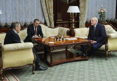 Лукашенко встретился с Министром иностранных дел России Лавровым