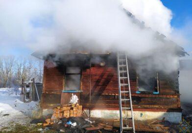 В Малоритском районе внук на пожаре спас бабушку