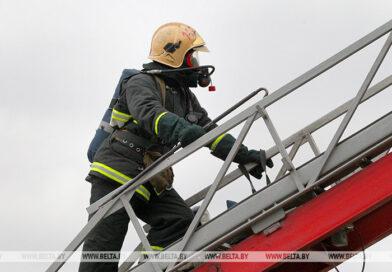 В Бресте из горящего общежития спасли 5 человек